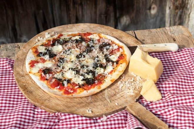Pizza «Bürgenstock» mit Sbrinz